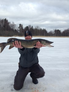 Jonny Persson med dagens största fisk...
